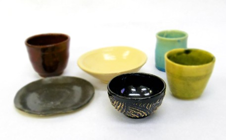 Make Your Own Plates Bowls And Cups With A Friendly Instructors